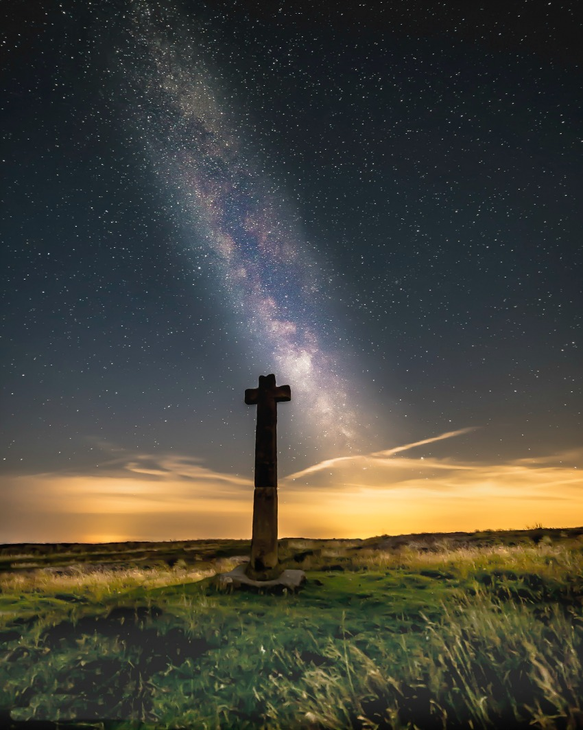Dark Skies Fest - Milky Way above Young Ralph's Cross cSteve Bell NYMNPA