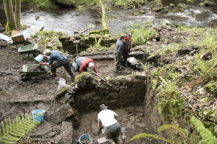 ironstone archaeological dig may 2017